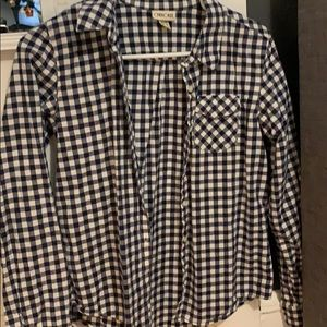 plaid blue and white flannel